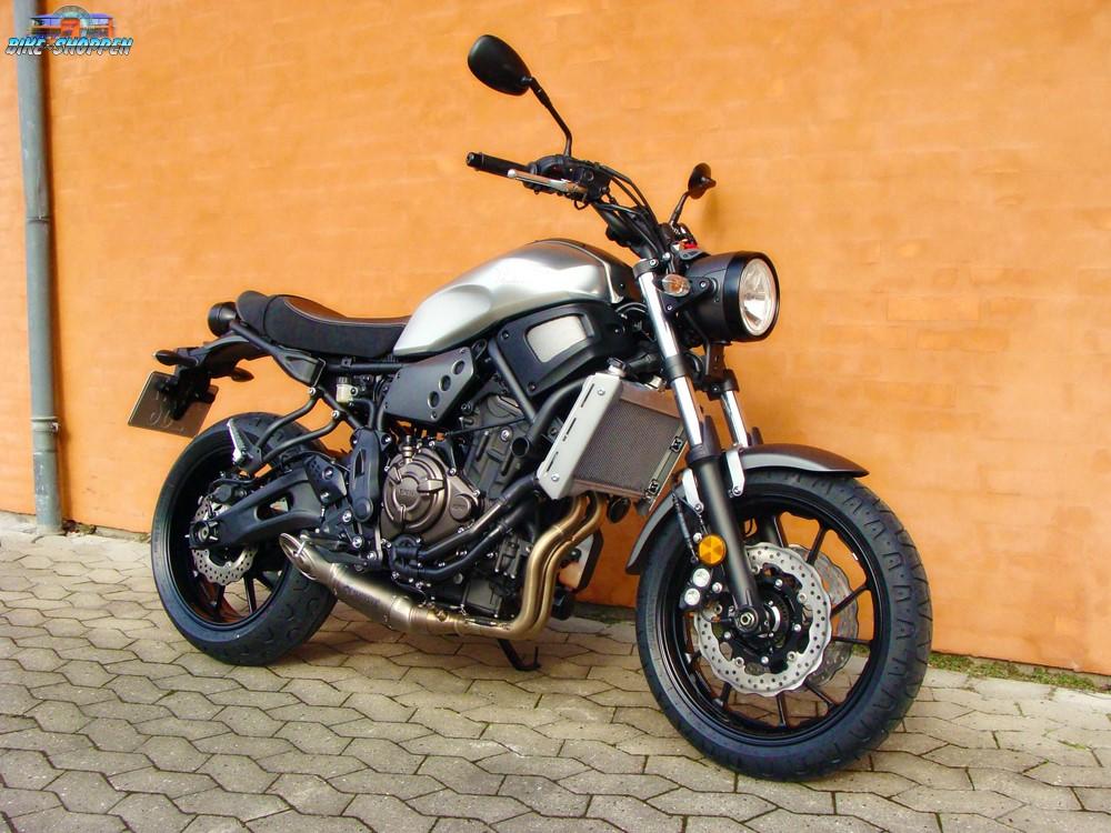 Yamaha XSR 700 Metal Garage Galleri
