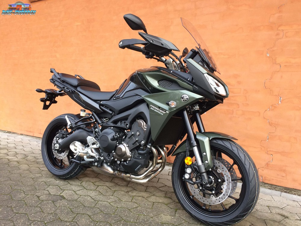 yamaha mt 09 tracer mountain green. Black Bedroom Furniture Sets. Home Design Ideas